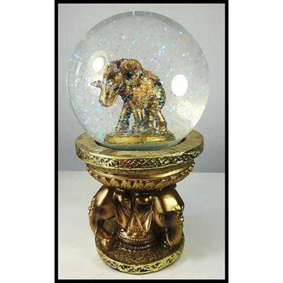 Éléphant boule de verre brillante sur base ornée de 3 têtes d'éléphant