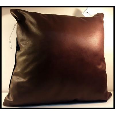Coussin carré apparence cuir brun