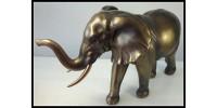 Éléphant debout en résine couleur bronze