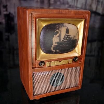 Télévision vintage déco